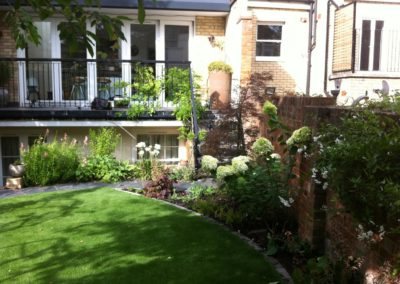 r-traditional-garden-celine-david-garden-design-landscaping-london-picture-1