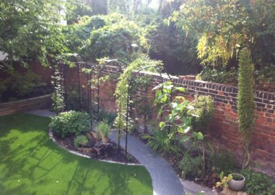 r-traditional-garden-celine-david-garden-design-landscaping-london-picture-8