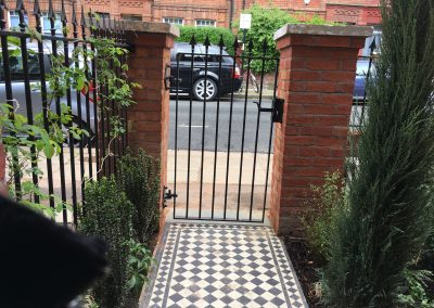 Small and Smart Front Garden Hampstead